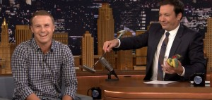 """Jordan Spieth ist zu Gast in der """"Tonight Show"""" bei Jimmy Fallon. (Foto: twitter.com/GolfChannel)"""