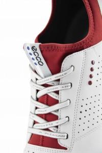 """Besagter angedeuteter """"Socken-Einsatz"""", der den Schuh bis knapp zum Knöchel wasserdicht hält. (Foto: Ecco Golf)"""