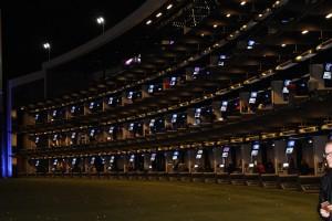 Stockwerk um Stockwerk und Box um Box bietet die Topgolf-Anlage in Las Vegas. (Foto: Golf Post)