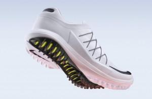 Von Schneemobilen inspirierte Sohlen weist der Nike Lunar Control Vapor auf. (Foto: Nike)