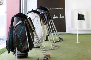 Die Putter-Modelle von Caldeonia können jetzt auch unter perfekten Bedingungen Indoor getestet werden. (Foto: Caledonia)