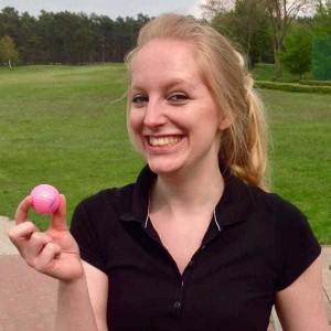 Romy fühlte sich als Golfneuling von besseren Spielern oft unter Druck gesetzt. (Foto: privat)