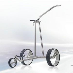 Der Golftrolley JuCad Phantom Titan eX gehört der Luxusklasse von JuCad an und punktet durch sein Design und Steuerungsmöglichkeiten. Dieser Trolley hat drei Räder und ist leicht aber auch gleichzeitig kompakt. (Foto: Getty)