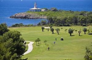 Der Leuchtturm von Alcananda bietet einen der besten Ausblicke auf Mallorca. (Foto: Alcanada Golf)