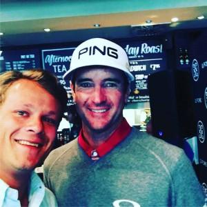 Golf Post Redakteur Robin Bulitz ließ es sich nicht nehmen, vor der Open Championship noch ein schnelles Selfie mit Bubba Watson zu schießen. (Foto: Golf Post)