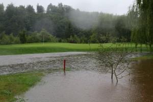 Wie schon im April bei der Haugschlag Open in Österreich, als Schnee den Platz bedeckte, konnte auch am Hardenberg nur eine Runde gewertet werden. (Foto: Pro Golf Tour)