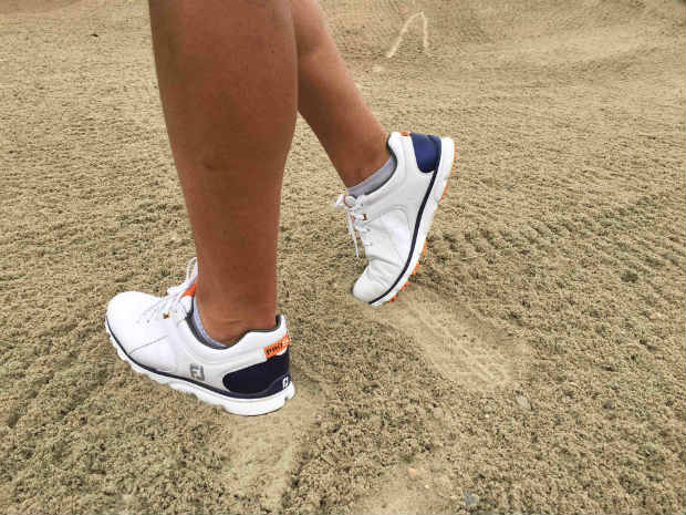 Stabil bei Wind und Wetter und aus allen erdenklichen Lagen mit guter Performance. Unser Redakteur war vom FootJoy Pro/SL wirklich begeistert. (Foto: Golf Post)