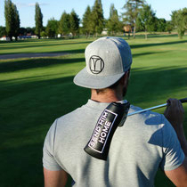 Punchline Golf Cap und Putterhaube mit lockerem Spruch. (Foto: Punchline Golf)