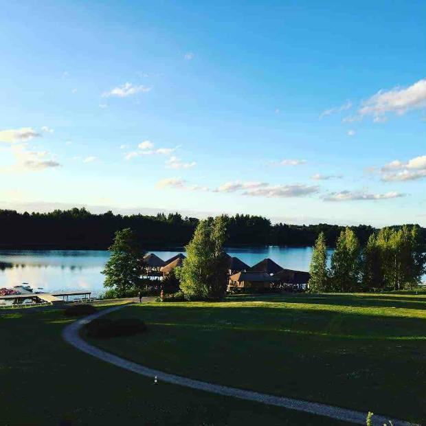 Ein sensationeller Ausblick wartet auf die Besucher des Vilnius Grand Resort. (Foto: Golf Post)