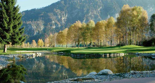 Wahnsinnspanorama in Interlaken. (Foto: Golf Club Interlaken-Unterseen)