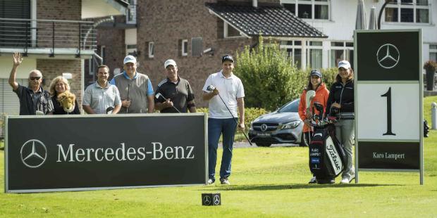Mit LET-Proette Karolin Lambert ging es für eine Golf Post Leserin auf die Runde. (Foto: Mercedes-Benz)