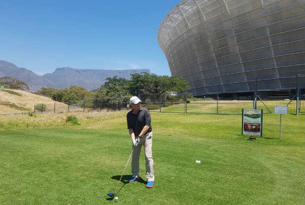 Metropolitan Golfclub mit den WM-Stadion. (Foto: Kai Wunner)