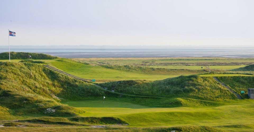 Golfen auf einem Links-Cours mit Meerblick auf Norderney. (Foto: GC Norderney)