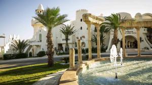 Der ROBINSON Club Djerba Bahiya liegt in unmittelbarer Nähe zum Golfplatz und bietet alles was das (Golfer-) Herz begehrt. (Foto: ROBINSON)