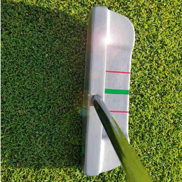 Mit Straighter Putter dem Ideal von 100 Prozent gelochten Putts ein wenig näher kommen. (Foto: Straighter Putter)