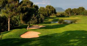 In Son Antem auf dem West-Platz überzeugt besonders die Mischung aus Parkland-Elementen und Wasserhindernissen. (Foto: Mallorca Golf Tours)