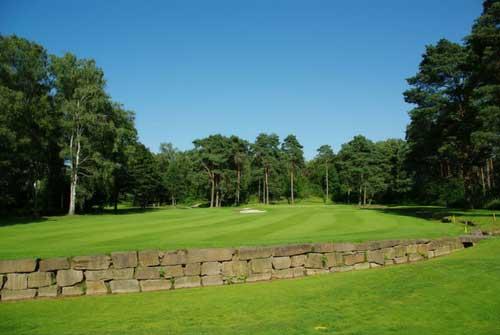 Auf der traumhaften Anlage des Golf- und Land-Clubs Köln, kann man sehr gut abschalten und entspanntes Golf in wunderschöner Natur spielen. (Foto: GLC Köln)