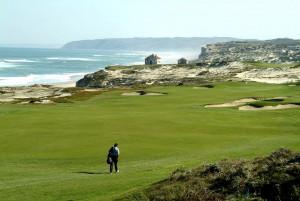 Zähmen Sie die Natur bei einer Runde auf West Cliffs Golf Links. (Foto:Praia D'El Rey)