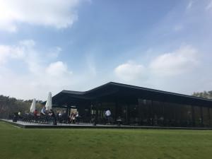 """Im Clubhaus des Antwerp International G&CC Rinkven werden die """"VIPs"""" und Spieler während des European-Tour-Turniers unterkommen. (Foto: Golf Post App)"""