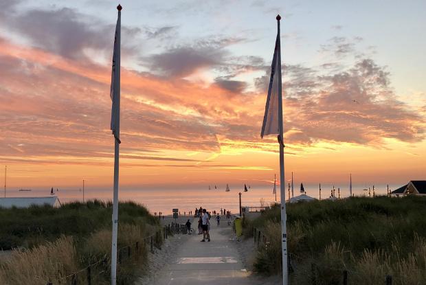 Strandübergang in Noordwijk aan Zee. (Foto: Jürgen Linnenbürger)