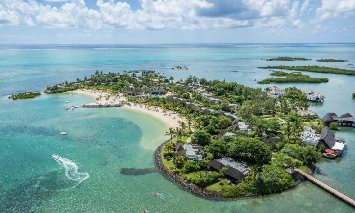 Purer Luxus in der ruhig gelegenen Lagune des Four Seasons Resort Mauritius in Anahita (Foto: Four Seasons Resort)