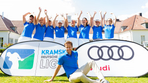 Coach Chris Webers freut sich über den Erfolg seiner Hubbelratherinnen. (Foto: DGV/Tiess)
