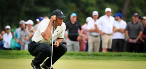Tiger Woods kann sich bei der BMW Championship des FedExCups auch am zweiten Turniertag unter Par halten. (Foto: Getty)