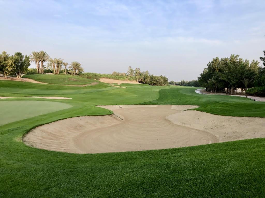 (Foto Jürgen Linnenbürger: Abu Dhabi Golf Club: mehr als 90 Bunker)